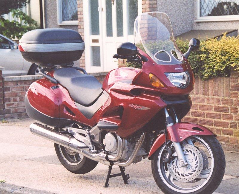Honda NTV650 Deauville,reg.no.LB03 CVD