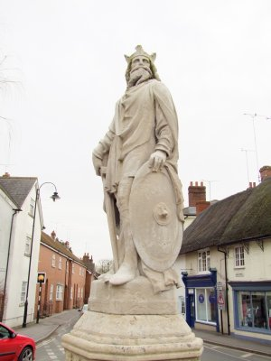 A  statue  of  King  Alfred  the  Great.
