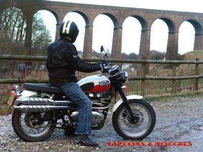 Triumph_Scrambler_900_ac-07.jpg