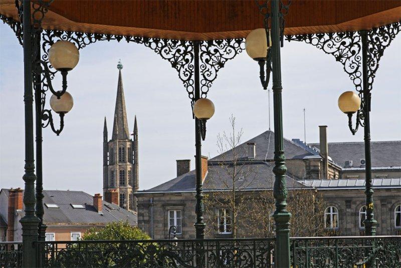 Saint-Michel des Lions et le Palais de justice