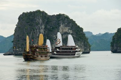 Vietnam Ha Long Bay 0090