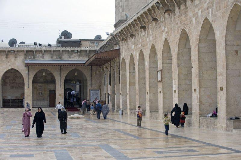 Aleppo april 2009 8993.jpg