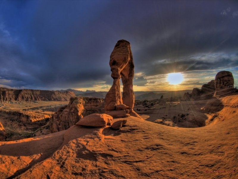 Sunset at Delicate Arch, 6:55pm