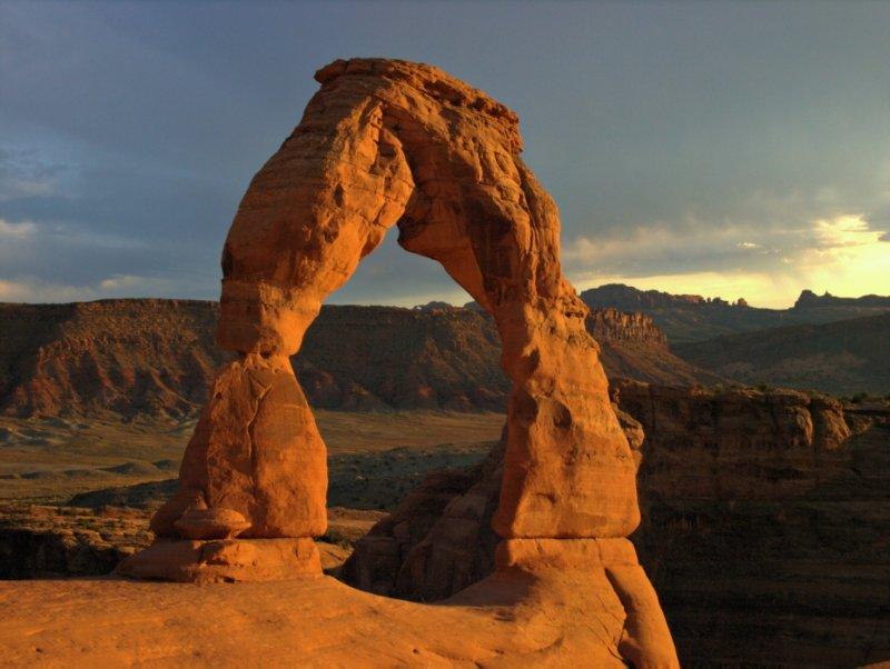 Delicate Arch (4), 7:06pm