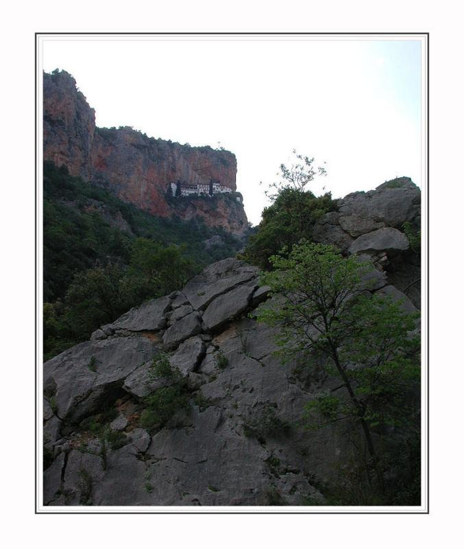 Monastery Moni Elonis at the cliff
