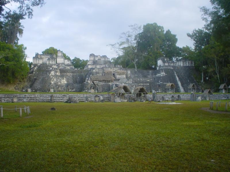 Gran Plaza, Tikal