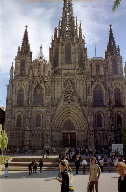 Barcelona-2-R.jpg
