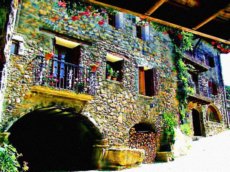 Charming Village Nearby Lake Garda