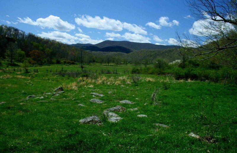 Cloverlick Farm Valley Mtns and Nice Sky tb0514hrx.jpg