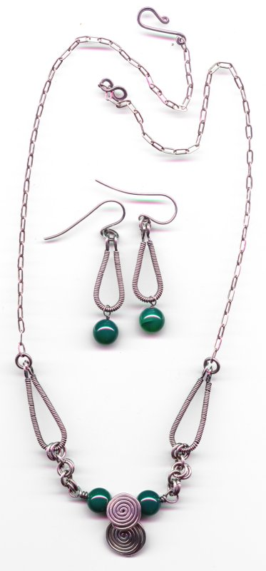 Blue-Green Single Coil Necklace