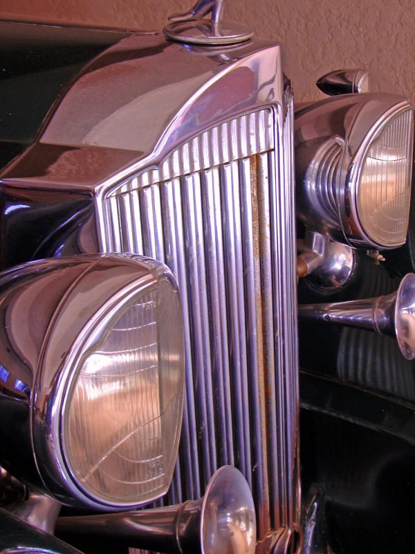 A 1933 Packard