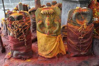 Thiruvakkarai Vakkrakali Temple. http://www.blurb.com/books/3782738