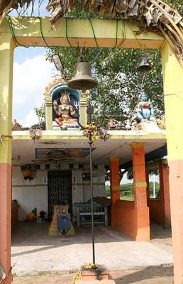 Small Kaliamman temple between Mamallapuram and Kanchipuram. http://www.blurb.com/books/3782738