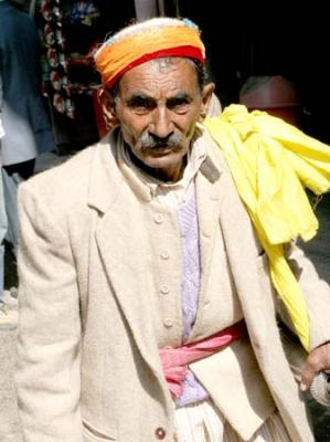 men´s clothes in Kullu