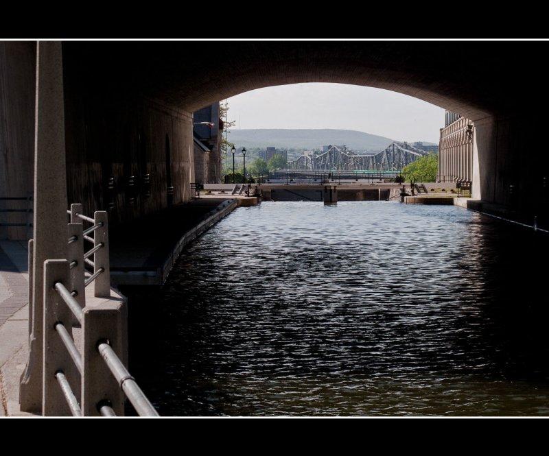 Sous le pont/Under the Bridge