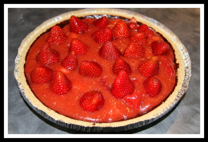 Chocolate-Lined Strawberry Rhubarb Pie