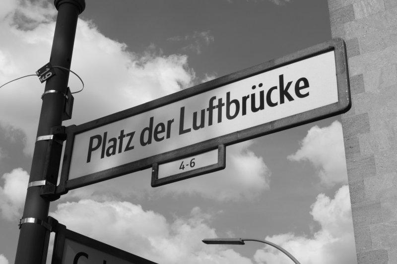 Platz der Luftbrücke, Berlin