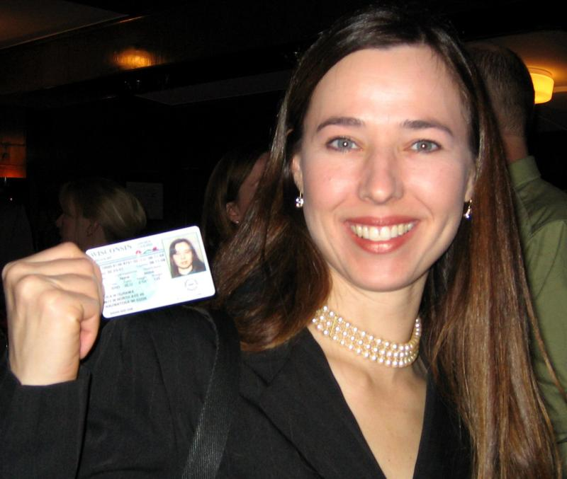 There is NO WAY Thea took a bad drivers license picture!