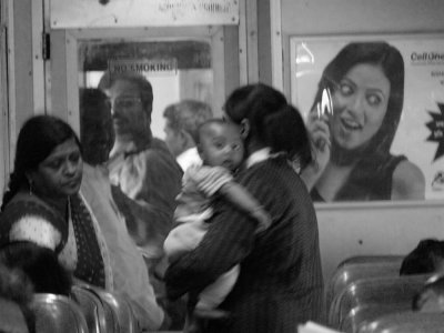 Mid-point stop, Agra-Jhansi Express, India, 2008