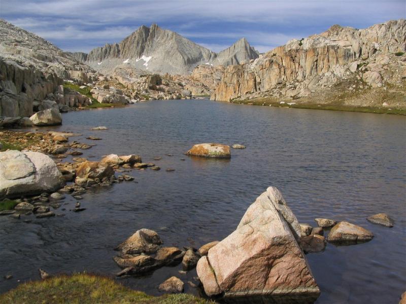 Seven Gables peak and Baby Bear lake in the Bear Lakes basin