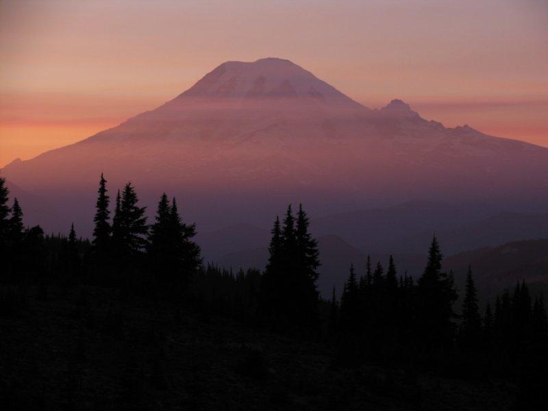 Mount Rainier Sunset from Goat Rocks wilderness.