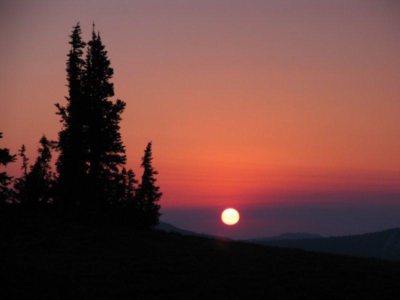 Sunrise in the Goat Rocks near Pk6768