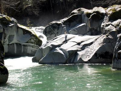 Elk creek cascade