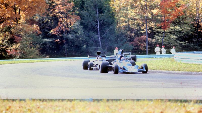 Depallier leads Petersen through turn 9