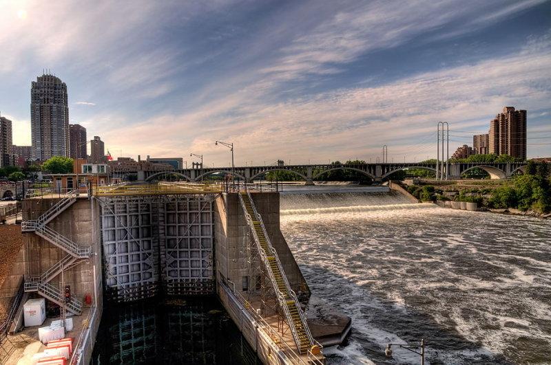 St. Anthony Falls Lock & Dam: Mississippi River, St. Paul, MN