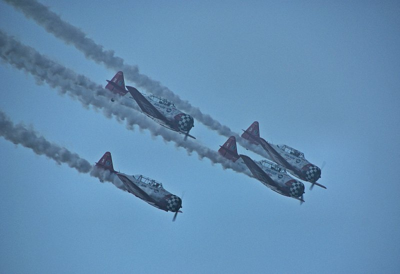 T6s in formation