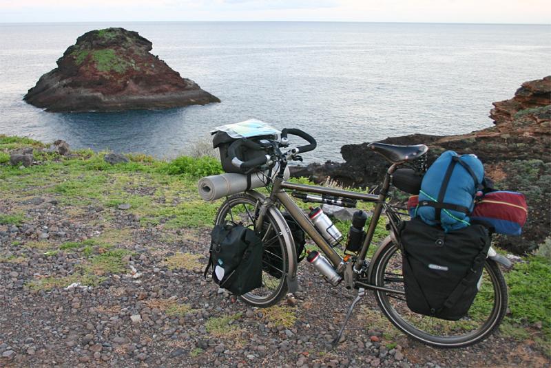 034  Nicolai - Touring through the Canary Islands - Koga Worldtraveller touring bike