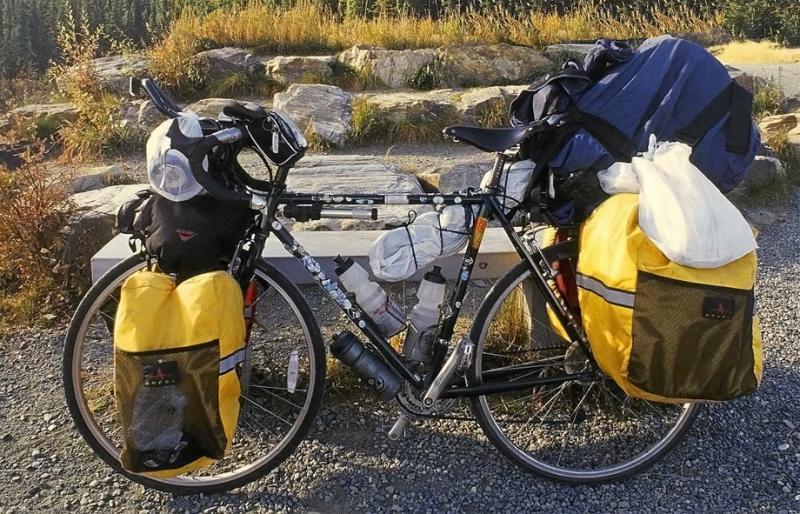039  Leon - Touring the Americas - Trek 520 touring bike