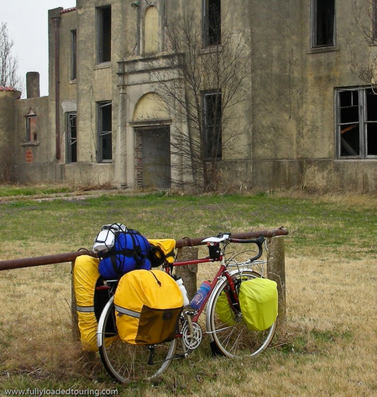 273  Jay - Touring Texas - Modified Fuji Saratoga touring bike