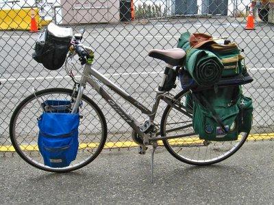 225  Kathy - Touring Washington - Giant Cypress touring bike