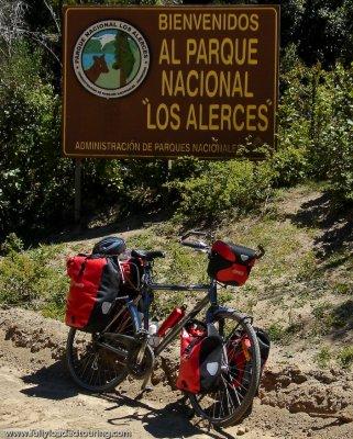 262  Joan - Touring Argentina - Trek T30 Navigator touring bike