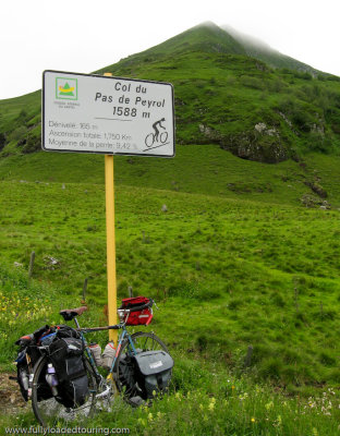 278    Simon - Touring France - Dardenne touring bike