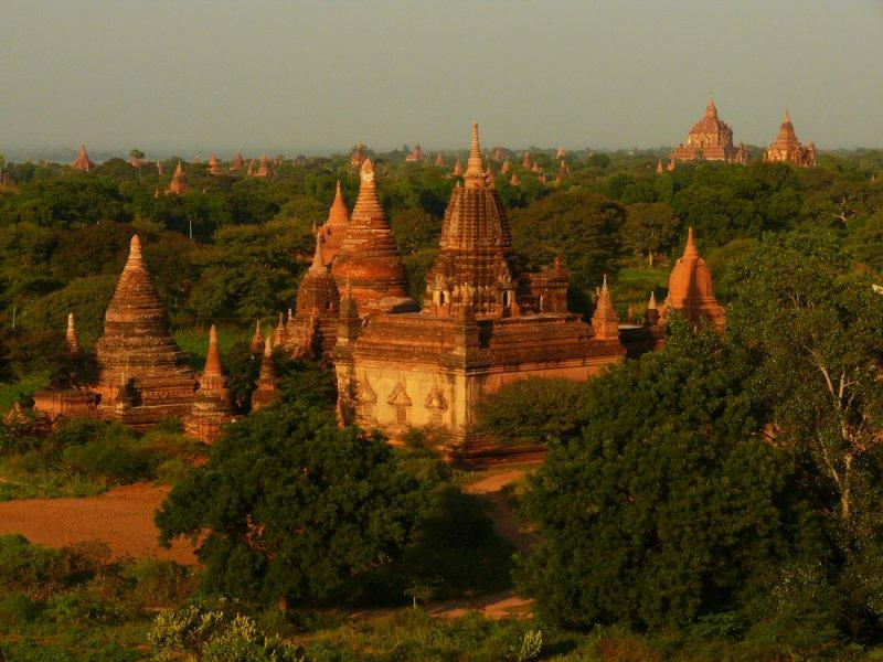 Bagan sunset.jpg