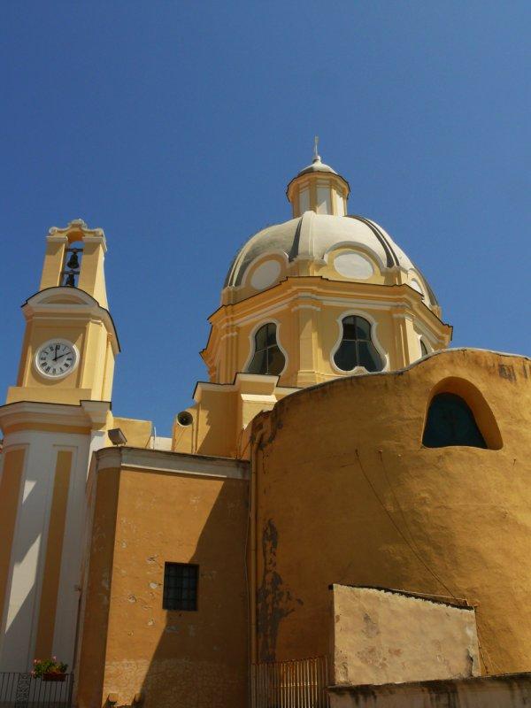 Church on Procida web.jpg