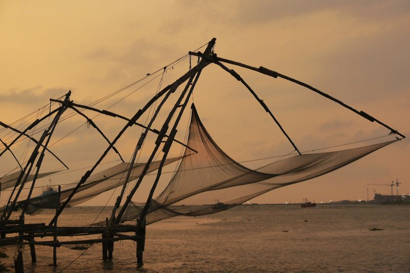 Fishing nets Cochin.jpg