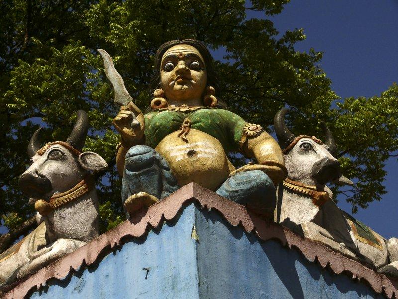 Detail temple near Munnar.jpg