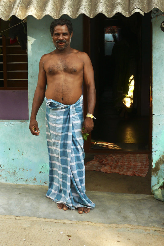Man in Kanyakumari 2.jpg