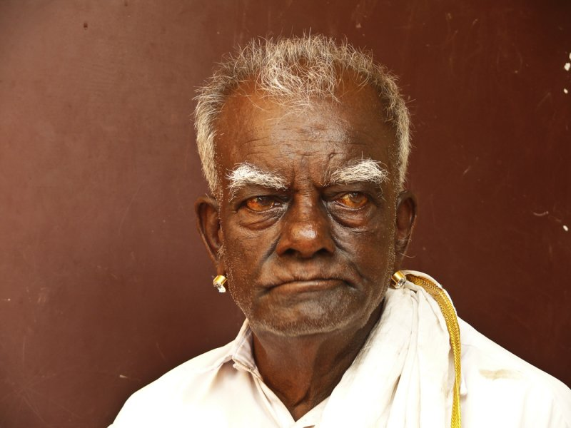 old man with earring in Kanyakumari.jpg