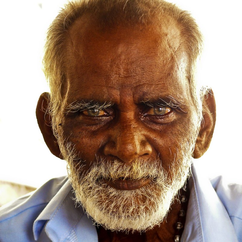 Old man near Kanyakumari.jpg