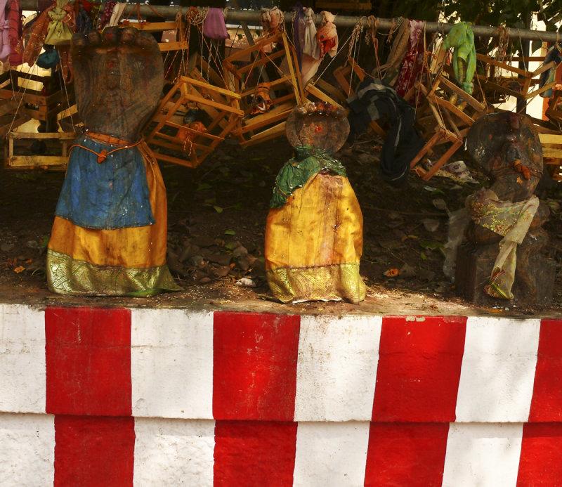 Fertility statues.jpg