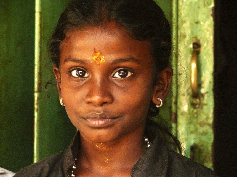 Young girl Madurai.jpg