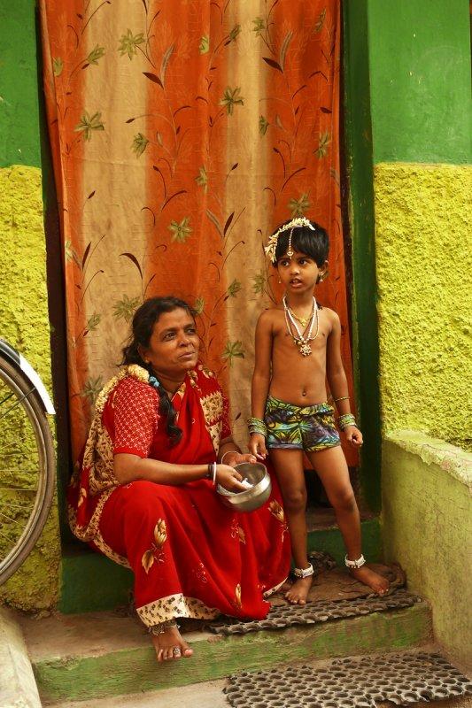 Street scene Madurai.jpg