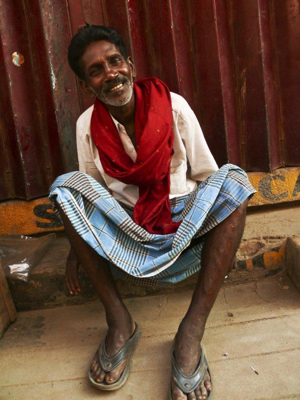 Red scarf Madurai 1.jpg