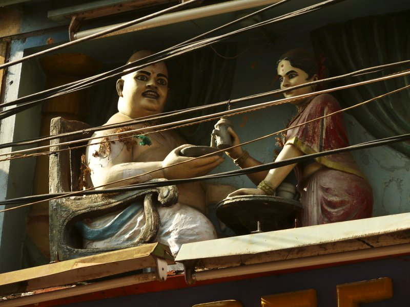 Statue on the streets of Madurai.jpg