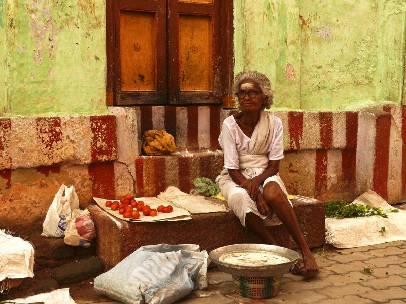 Tomato seller.jpg