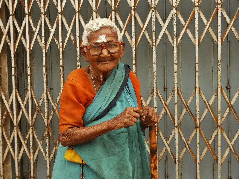 Old lady Madurai 1.jpg